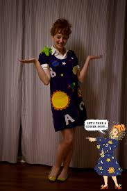 mrs frizzle what i wanna dress up like when im a teacher for
