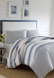 full comforter on twin xl bed bedding nautica bedding lawndale navy comforter set full quilt