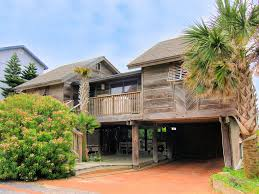 Beach Houses On Stilts by Charming Gulf View 3 Bedroom Stilt Cottage Steps Homeaway