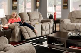 Homestretch Reclining Sofa Homestretch Inc Expanding Operations In Nettleton Mda