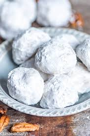 wedding cookies mexican wedding cookies traditional butterball snowball cookie