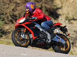 womens tall motorcycle boots 2012 aprilia rsv4r factory aprc superbike street smackdown photos