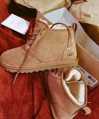 s ugg work boot on the hunt
