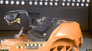 si e auto nania crash test hohes risiko stiftung warentest und adac warnen vor zwei kindersitzen