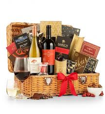Winebaskets Country Estate Wine Baskets Set The Tone With This