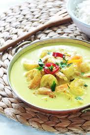cuisiner avec du lait de coco curry de crevettes au lait de coco recette facile et rapide
