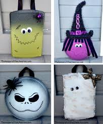 mummy crafts for halloween halloween pizza pan door hangs