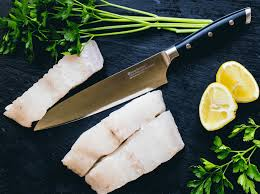 7 common kitchen knives uses and specialties