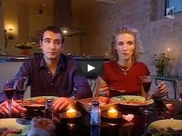 un gars une fille dans la cuisine un gars une fille reçoivent des amis à souper on vimeo