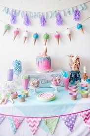 how to decorate birthday table decoration for party tables learn to diy