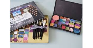 custom diy palette we can 39 t resist including some diy action our customizable makeup palette pro travel makeup kit