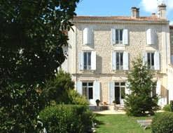 gites chambres d hotes jean d angely les acanthes