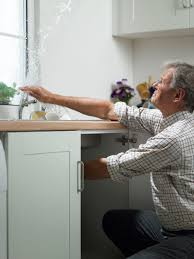how to measure the gpm flow rate of a faucet or shower how a water pressure regulator works