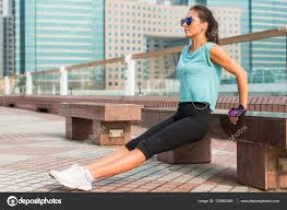 Triceps Bench Dips Fit Woman Doing Triceps Bench Dips Exercise U2014 Stock Photo Undrey