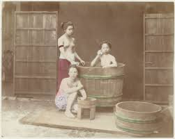 Women Bathtub File Women In Bathtub By Baron Von Stillfried Jpg