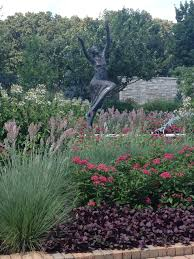 Botanical Gardens Des Moines Iowa by In The Kauffman Garden Page 4