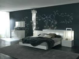 quel mur peindre en couleur chambre peinture mur chambre adulte peinture murale quelle couleur choisir