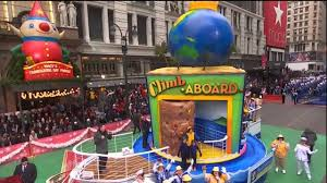 nick jonas performs at macy s thanksgiving day parade 2014