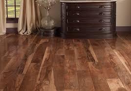 Laminate Flooring Pros And Cons Best Laminate Flooring Pros Cons Reviews And Tips Golfocd