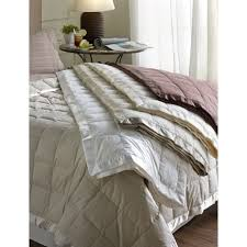 Light Weight Down Comforter Best 25 Down Blanket Ideas On Pinterest Embroidery Stitches
