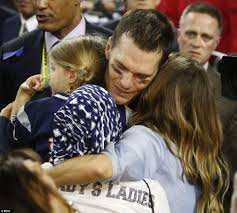 tom brady poses with entire family after super bowl win daily