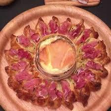 cuisiner le mont d or la tarte revisitée avec une recette au mont d or giffood