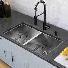 evier cuisine éviers de cuisine sous plan caractéristiques robinet inclus