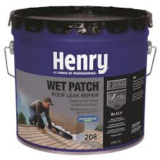 henry 3 30 gal 208 wet patch roof cement he208361 the home depot