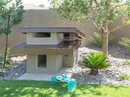 12 crazy outdoor extras at the property brothers u0027 las vegas home pup