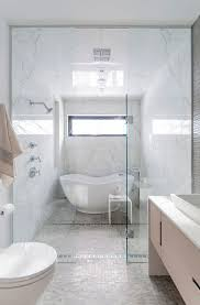 Small Bathroom Ideas With Tub Best 25 Small Bathtub Ideas On Pinterest Toilet Shower Combo Small