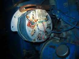 ford 7000 alternator voltage regulator