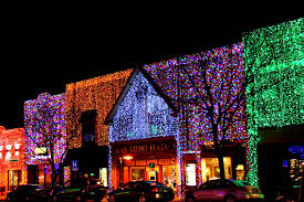 christmas lights in michigan in downtown rochester hills michigan at christmastime the town
