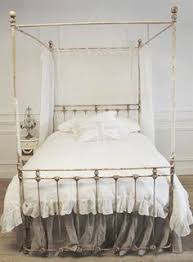 Vintage Canopy Bed Http Www Kitchenredesignideas Category Bed Frame