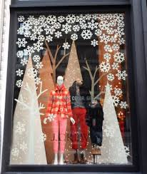 Christmas Window Decorating Ideas Pinterest by Best 25 Winter Window Display Ideas On Pinterest Winter