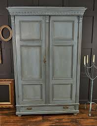 meuble armoire chambre 1001 idées pour relooker une armoire ancienne chambre vintage