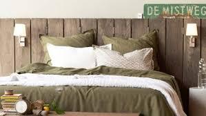 chambre tete de lit fabriquer une tête de lit en bois pour une déco