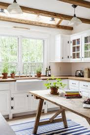 Kitchen Interior Design Pictures by Best 25 Old Farmhouse Kitchen Ideas On Pinterest Farmhouse