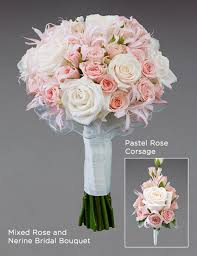 vera wang flowers interflora launches exclusive vera wang wedding flowers collection