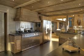 cuisine chalet moderne cuisine chalet moderne idées décoration intérieure farik us