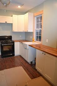 Kitchen Cabinet Price Comparison Best 25 Lowes Kitchen Cabinets Ideas On Pinterest Basement