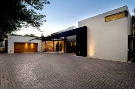 Cool Garage Pictures by Amazing Cool Garage Doors With Brown Wooden Garage Doors And