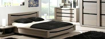 mobilier chambre contemporain chambre contemporaine ambre dactails verre noir meubles bois massif