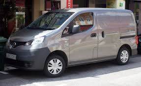 File Nissan Nv200 Dci Grey Front View Jpg Wikimedia Commons