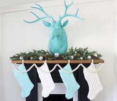 christmas mantel decorating tips damagefreediy