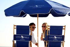 Beach Umbrella And Chairs Live Well 30a 30a Beach Chairs