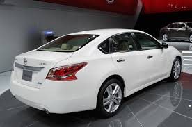 altima nissan 2013 nyias 2013 nissan altima debuts does 38 mpg hwy and priced from
