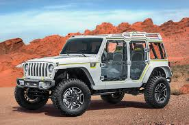 moab jeep wrangler 2017 jeep concepts at the easter jeep safari in moab motor trend