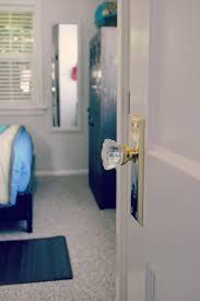 How To Unlock A Bathroom Door Knob Bedroom Door Knobs Levers In Bulk Lock From Outside Inspired Lowes