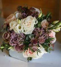 wedding flowers glasgow 64 best wedding bouquets images on bridal bouquets