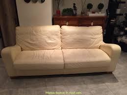 renover un canapé attrayant rénover canapé cuir beige artsvette